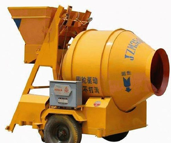 Features And Benefits Of A Mobile Concrete Mixer -